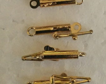 14 Karat Yellow Gold Round Tube Safety Clasp