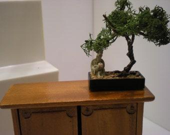 1:12 - Dollhouse - Miniatures - Ming Tree with Mudman - Handmade
