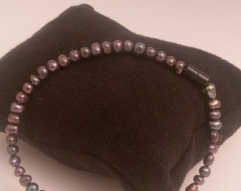 Black Fresh Water Pearl Bracelet with magnet
