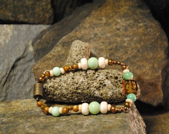 Womens Beaded Bracelet - Green, White, and Bronze
