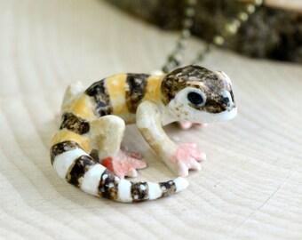 Hand Painted Porcelain Gecko Necklace, Antique Bronze Chain, Vintage Style Reptile Lizard, Ceramic Animal Pendant & Chain (CA139)