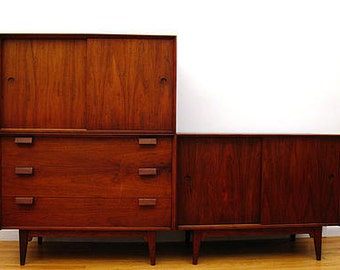 Jens Risom,Danish modern,walnut,credenzas,chest of drawers,3 piece set inter-changable units