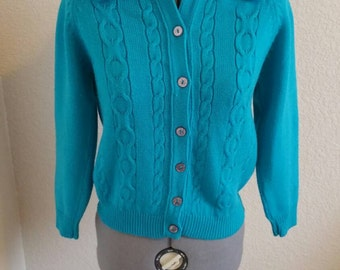 Knitted Turquoise button up
