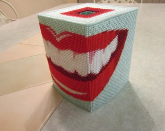 Smile Tissue Box Holder