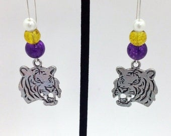 1 Pair -  LSU Tigers Theme Dangle Beaded Earrings Brass Ear wire Kidney Style EAR0028