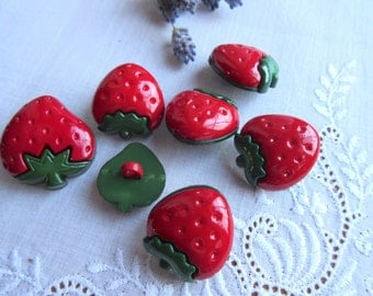 Strawberry   Buttons  Red  Buttons  Baby Buttons - set of 7.