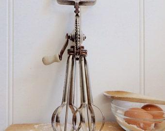 Vintage Swift Whip wooden handle australian made hand held egg whisk egg beater