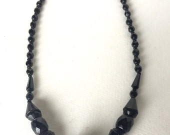 Stunning Antique Victorian Faceted Jet Necklace