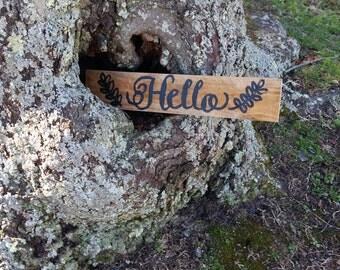 Hello Pallet Sign
