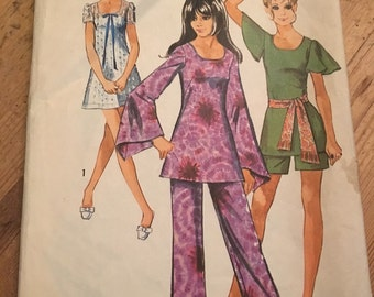 Simplicity 8783 - 1970s Mini Dress Tunic Pants and Shorts Vintage Sewing Pattern Size 12 Bust 34
