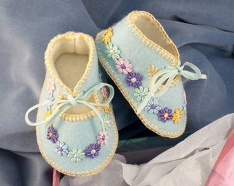 Spring Baby Blue 100% Wool Felt Baby Shoes. Fully Lined. Gift Boxed. 0-3 months OOAK