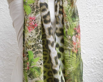 Ladies Hawaii from soft viscose scarf, Hummingbird meets Leo in the jungle