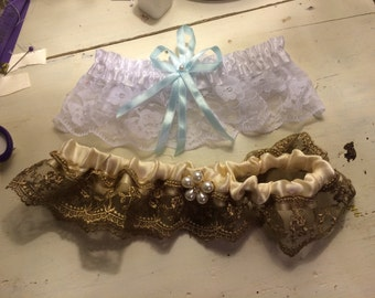 Beige and tan lace garter
