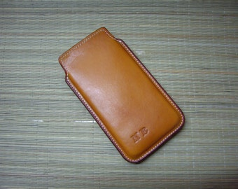 Mobile/iPhone bag with initials leather in light brown