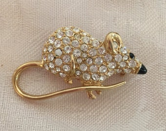Elegant Rhinestone, Mouse Brooch, delicate and beautiful.