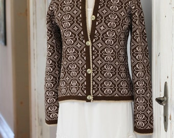 Women's Cardigan with Jaquardmuster, handmade