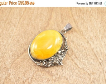 ON SALE Floral Motif Yellow Bezel Set Cabochon Pendant Sterling Silver 12.4g Vintage Estate