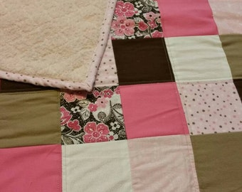 Pink-sparkle-baby-quilt- baby shower gift- girl