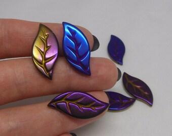 1 Pcs Hematite carved leaf pendant bead