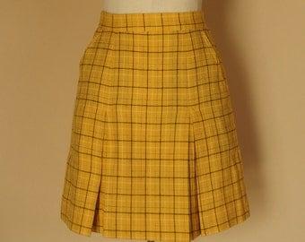 1970s cotton rayon mini skirt front pleats side pockets check pattern yellow