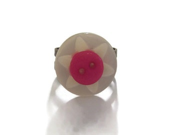 button jewelry - chunky rings - big chunky ring - big bold ring - dramatic ring - unique jewelry - big buttons - bright pink accessory