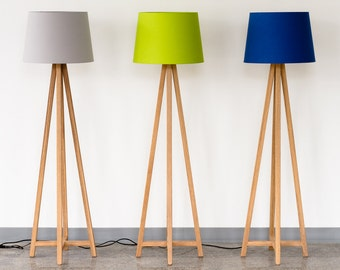 Modern floor lamp with wood legs and drum shade