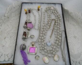 Vintage Jewelry Lot Necklaces Bracelets Earrings #704