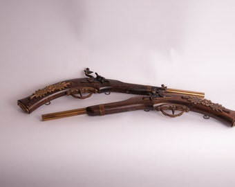 Decorative western style guns.