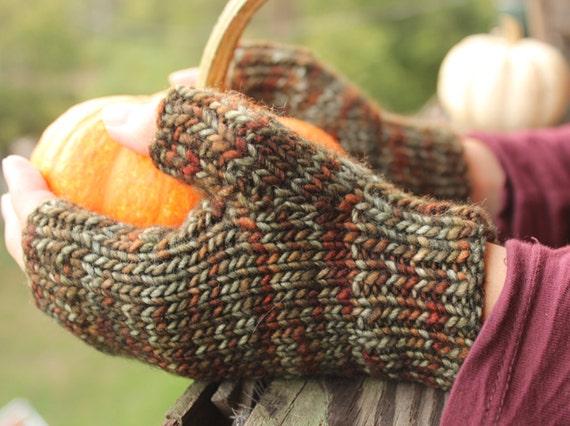 Texting Gloves Knitting Pattern : Knitting Pattern Fingerless Gloves, Knitting Patterns, Knitting Pattern, Patt...