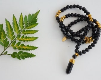 Gemstone Necklace - Onyx and black bead