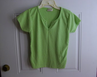 Green Short Sleeve by MKM Designs, Size Small
