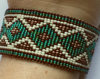 Native style beadwoven bracelet  XL