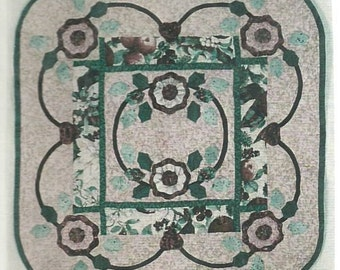 """Quilt Pattern, Victorian Holiday, Wallhanging 27 x 27"""" Hearthstone Designs"""