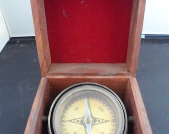 Vintage Compass in Wood Box ~ GREAT GIFT for Father's Day