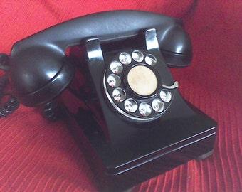 Vintage Dial Phone, ,old telephone, black,Rotary,Bake-lite