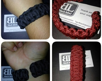 Paracord Bracelet with no buckle. Cuff