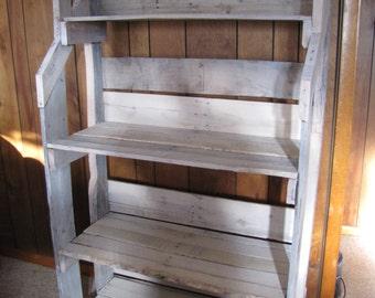 Wooden Pallet Book Self