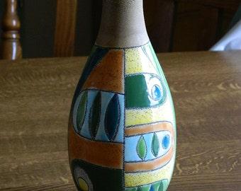 Geometric Vase, Hand painted, Made in Equador, Artesa©