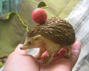 Hedgehog with Apple - wood carving