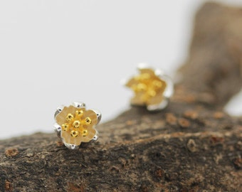 sterling silver lotus flower stud earrings, lotus flower earrings, lotus earrings, flower earrings, nature earrings, nature jewelry, lotus