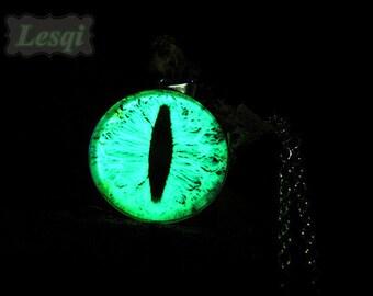 Glowing dragon eye necklace,Stainless steel glow eye pendant necklace,Glow in the dark