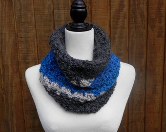 Panthers Colors, Short Cowl