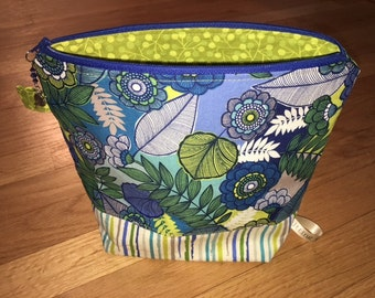 Knitting Project Bag - STORE OPENING SOON!