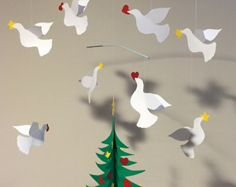 Large decorated tree with eight three dimensional doves