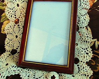 Wooden picture frame photo frame mahogany finish gold edging cottage style vintage 70s.