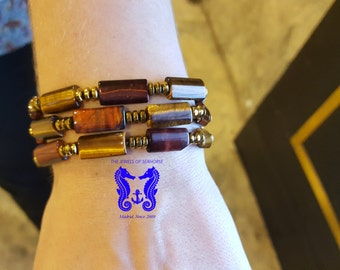 Elastic bracelet with semi-precious stones