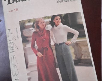 Vintage Butterick Pattern #5566 from the 1970's