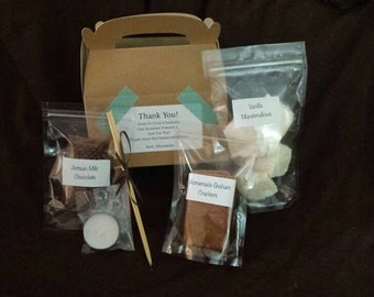 Gourmet S'mores Kit! - (4 count) With Artisan Marshmallows and Chocolate! Hand made- Holiday Gift, Christmas, Present and camping too!