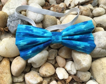 Water-Blue Bowtie