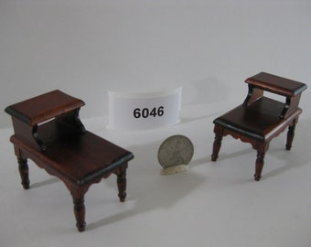 Dollhouse Furniture - Matching End Table Set 6046